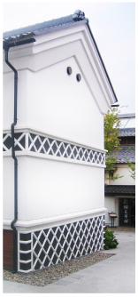 タイル貼り工法のなまこ壁「蔵」はリーズナブルで美しい仕上がり